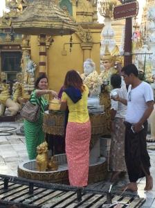 """The Burmese """"Longyi"""""""