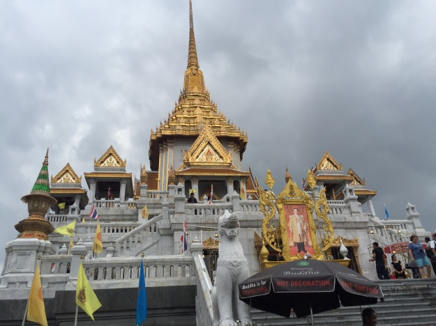 Wat Traimit; home of the Chinese Heritage Centre