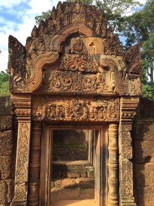 The beautiful Banteai Srei temple
